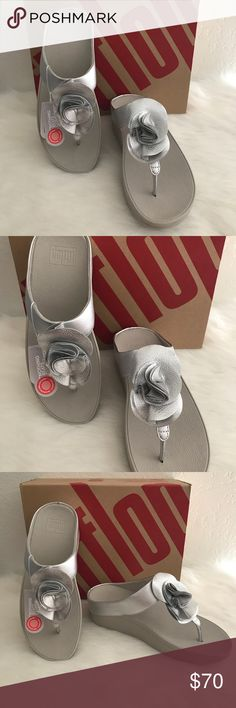 Florrie Toe- Post Silver E60-011-040 F0030 0916 Made in Vietnam Life is Short Choose great shoes. Fitflop Shoes Sandals