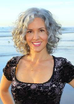 Sara Davis-Eisenman, model. Short, curly, layered bob whose natural color was LEFT ALONE ! ! Intelligent move :-)