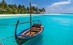 Download wallpapers Tropical island, boat, Maldives, beach, summer, vacation