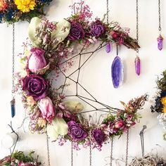 I've been doing my thing and making lots of magical new crystal flower wreaths and I'm very close to… Dried Flower Wreaths, Dried Flowers, Moon Crafts, Diy And Crafts, Arts And Crafts, Witch Decor, Deco Originale, Crystal Flower, Diy Wreath