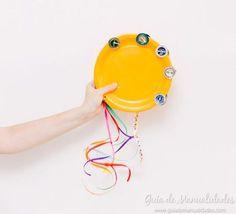 Una idea para hacerles sus primeros instrumentos a los más pequeños. Panderetas DIY con materiales reciclados para jugar y divertirse.