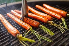 Making simple better: Cinnamon Honey Glazed Grilled Carrots I Grill, Smoke Grill, Clean Grill, Cooking On The Grill, Grill Cleaning, Honey Carrots, Glazed Carrots, Baby Carrots, Weber Grill Recipes