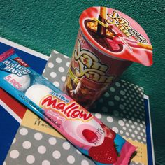 Yan Yan ♡ A Japanese snack food made by Meiji Seika. Biscuit sticks with strawberry and chocolate dip. w/ Marshmallow strawberry  jam filling ● Photo by me | iphone4s camera #YanYan #JapaneseSnack #Food #Meiji #Biscuit #sticks #Strawberry #Chocolate #Dip #Marshmallow #StrawberryJam #Sweet #Yummy