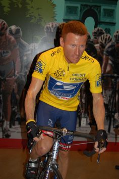 Lance Armstrong - Madame Tussauds Wax museum, Hollywood