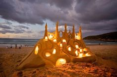 Illuminated Sand Castle | 26 Epic Works Of Art Made With Sand / In Noosa Main Beach, Australia
