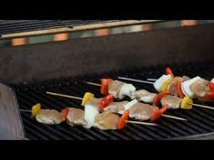 ¿Quieres pinchos perfectos para tu barbacoa? Denisse Oller te da ideas. Barbacoa, Ethnic Recipes, Ideas, Food, Skewers, Cooking, Barbecue, Essen, Meals