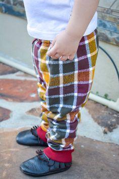 Sammies Cider flannel joggers from Too Rah Loo! www.toorahloo.com #lovetoorahloo