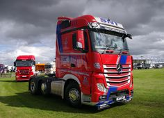 https://flic.kr/p/oj1w4U | SNT (Stuart Nicol Transport) Mercedes Actros 2548 N77SNT at Truckfest Scotland 2014 | Truckfest Scotland, Royal Highland Showground, Ingliston, August 3rd 2014