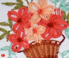 brazilian embroidery for beginners Brazilian Embroidery Stitches, Crewel Embroidery Kits, Hand Embroidery Videos, Embroidery Stitches Tutorial, Hand Embroidery Flowers, Hand Embroidery Designs, Ribbon Embroidery, Embroidery Patterns, Creative Embroidery