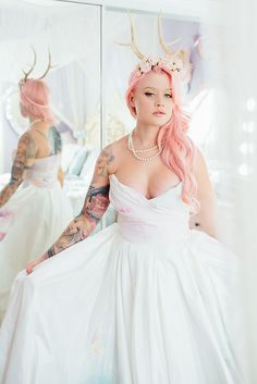 Bridal Inspiration Getting Ready With Kelly Eden In Hollywood Dress By Claire La Faye