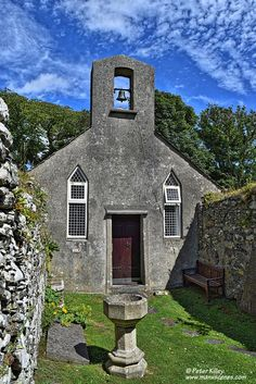 The quaint Old Kirk Lonan Church which dates back to the Century © Peter… Irish Sea, Man Photography, Old Churches, Manx, Isle Of Man, Place Of Worship, British Isles, Staycation, Beautiful Places