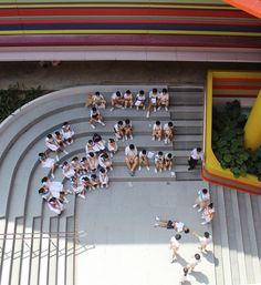 Após reforma, escola infantil ganha pintura ultracolorida | Catraquinha