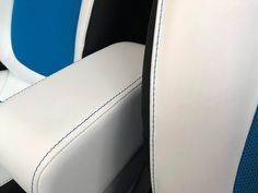 fdcff463bb9 Smart Fortwo and Forfour 453 adjustable armrest with storage
