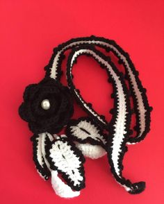 #uncinetto #white #crocheting #instacrochet #crochetlove #crochet #ilovecrochet #crochetaddict #crocheted #art #modern #spring #work #crochetersofinstagram #craftastherapy  #crochetastherapy #blackandwhite  #crochetproject_daily #crochetblanket #crocheteveryday #moda #accessori #black #collane #lana #fashion #fiori #jewel #neck #necklace by art.ofcreativity