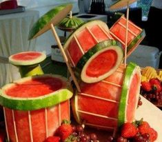 11 Watermelon Carvings That Will Make You Do a Double Take - Woman's World Fruit baskets are the gift everyone dreads getting--except when they're made out of watermelon carvings like these edible works of art. Set these. L'art Du Fruit, Fruit Art, Fun Fruit, Fruit Cakes, Fruit Salads, Watermelon Art, Watermelon Carving, Carved Watermelon, Watermelon Centerpiece