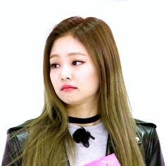Jennie Weekly Idol