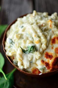 Seriously Delicious Spinach Artichoke Mac and Cheese Macaroni Cheese Recipes, Cheesy Recipes, Pasta Recipes, Dinner Recipes, Cooking Recipes, Mac Cheese, Dinner Ideas, Cheese Bombs, Casserole Recipes