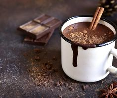 Nothing beats a mug of homemade hot chocolate on a cold day. Use our whole chocolate milk to make easy and delicious hot chocolate from your own kitchen. Homemade Hot Chocolate, Hot Chocolate Recipes, Chocolates, Sopas Low Carb, Cocoa Tea, Organic Herbs, Cacao, Whipped Cream, Cookie Dough