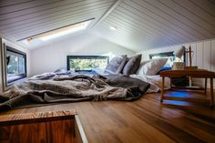 Familiar layout gets the modern treatment in this bright tiny house (Video)  No matter what size, a well lit home is a godsend for mental health, morale, spirit and state of bliss and happiness.