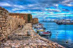 Heraklion port - koules castle and boats. Crete Island Greece, Heraklion, Travel Around, The Good Place, Castle, Places, Boats, Ships, Castles