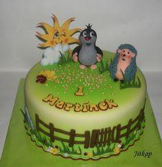 Krtek A Ježek  on Cake Central