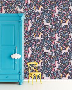 Unicorns Eijffinger Wallpower Kids room Article number: 399110 Create with this wallpaper a dreamy room with dreamy unicorns. In front you see a blue closet and a yellow chair. How To Hang Wallpaper, Kids Wallpaper, Wall Wallpaper, Pattern Wallpaper, Bright Wallpaper, Kids Room Murals, Kids Room Paint, Mini Me, Diy Tapete