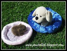 Creating my way to Success: Pet Bed Tutorial - anyone can sew this in just 5 steps and 15 minutes!  For stuffed animals