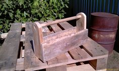 Recycling Pallet Wood - Tool Box No 2