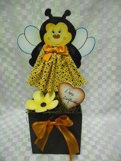vaso cachepo abelha | Artesanatos Ingrid Carvalho | 210843 - Elo7