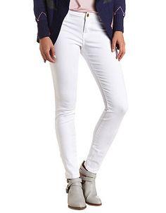"""Refuge """"Skin Tight Legging"""" White Skinny Jeans #CharlotteLook #OnTrend"""