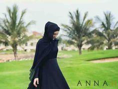 فستان أسود بأكمام عريض من الأسفل بقصة راقية جدا - ملابس محجبات #محجبات