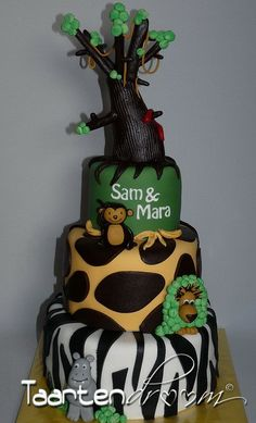 Zoo themed Birthday Cake #kids #birthday #party #cake #zoo