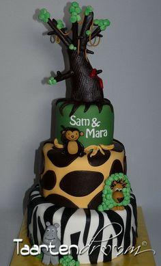Zoo themed Birthday Cake #kids #birthday #party #cake #zoo