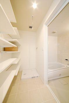 ランドリー、ランドリールーム、ランドリー収納、収納棚、浴室、脱衣所、バスルーム、自然素材、水工房、リノベーション
