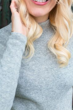 Tine Monsen in WILD WOOL Cashmere Ribbed High Neck Sweater www.wildwool.no Cashmere, Wool, Sweaters, Cashmere Wool, Sweater, Paisley, Sweatshirts, Pullover Sweaters, Pullover