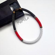 b065cfe01fc4 496 meilleures images du tableau Projets à essayer   Bracelets ...