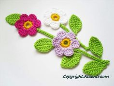 This Pin was discovered by Vic Crochet Towel, Crochet Art, Cute Crochet, Irish Crochet, Crochet Motif, Crochet Crafts, Crochet Projects, Crochet Applique Patterns Free, Crochet Flower Patterns