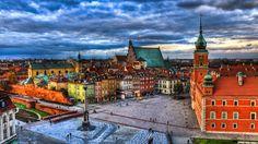 """The """"Castle Square"""", found in the """"Stare Miasto"""" area of Warsaw, Poland. Google+"""