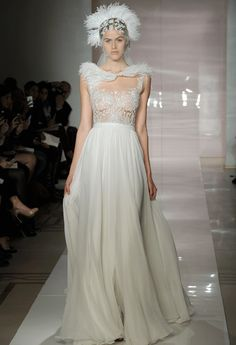 Taylor Swift is Stunning in Reem Acra! Get the Look | Fashion - Yahoo Shine