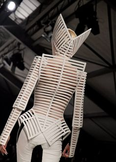 3D Sculptural Fashion - solid lines & harsh angles; wearable art; avant garde fashion design // Gareth Pugh SS12