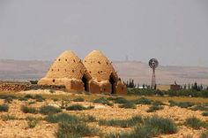 Beehive house at Al-Fruqlos, Syria (another example) - Pixdaus