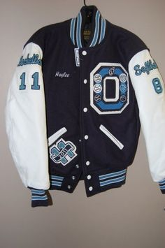 See related links to what you are looking for. Letterman Jacket Outfit, Letterman Jacket Patches, Varsity Letterman Jackets, Varsity Jacket High School, Senior Jackets, Court Outfit, College Fashion, College Style, Camisa Polo