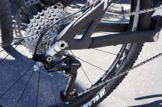 Mountain Bike Rear Derailleur Review - find the best bikes and gear with mountain bike review website.