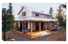Great cabin/small house design. Love the open interior of this one--especially the living room/loft. Sort of reminds me of the house I grew up in.