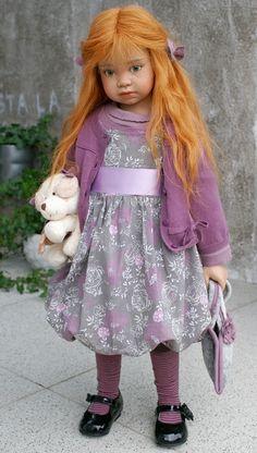 angela, vraie poupée barbie