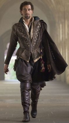 Clive Owen as Sir Walter Raleigh, Elizabeth: The Golden Age; Costume Design by Alexandra Byrne