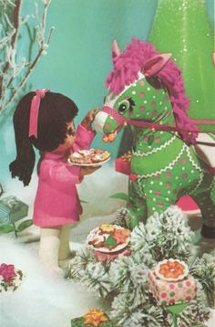 ismoyo's vintage playground: Christmas Puppet Doll Photo Cookbook Cooky Book
