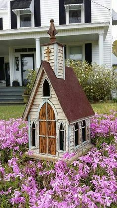Recycling is for the birds Easter church. .. http://www.pinterest.com/suevbob/bird-houses/ #birdhouses