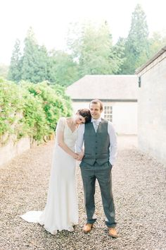 Bride Laura wears an Anoushka G gown for her late Summer wedding at Eshott Hall in Northumberland. Photography by Sarah Jane Ethan. Dresses Uk, Blue Dresses, Late Summer Weddings, Just Married, Newlyweds, I Dress, Bride Groom, Wedding Blog, Beautiful People