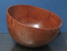 """Bowl en Cocobolo, Altura: 12 1/2"""", Boca: 18 1/2 """" x 17 3/4"""" - Disponible en Weil Art"""